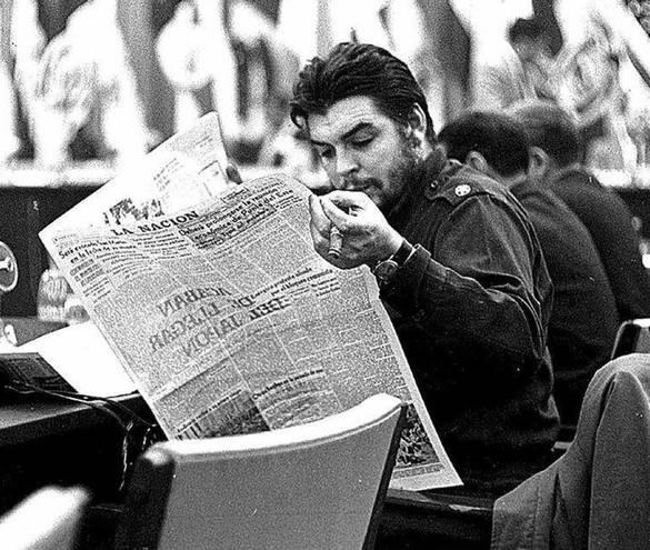 """l Che publica en """"Verde Olivo"""" un artículo acerca de La India"""