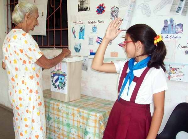 Elecciones de delegados al Poder Popular municipal este domingo en Cuba. Foto Mireya Ojeda
