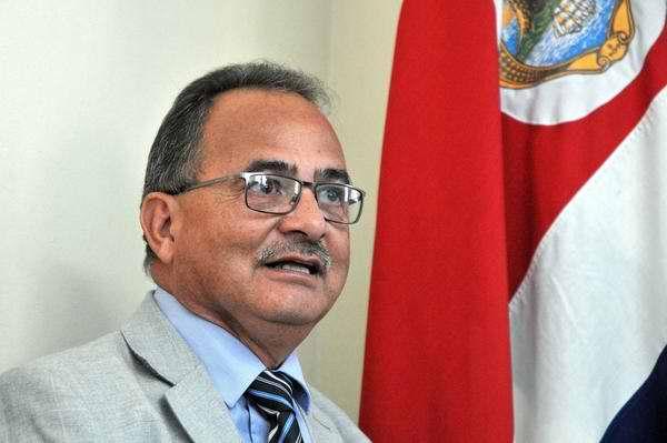 El embajador de Costa Rica en Cuba, Hubert Méndez Acosta, declaró que la II Cumbre de la Comunidad de Estados Latinoamericanos y Caribeños (Celac), confirmará la decisión de la región de avanzar en su proceso de integración. Foto Abel Ernesto