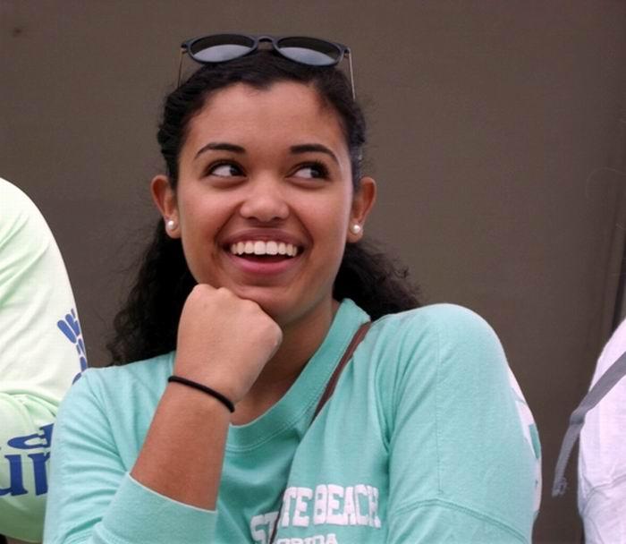 En el grupo de estudiantes norteamericanos viaja la joven Emmely Ovalle Pérez, de madre cubana. Foto: Miozotis Fabelo