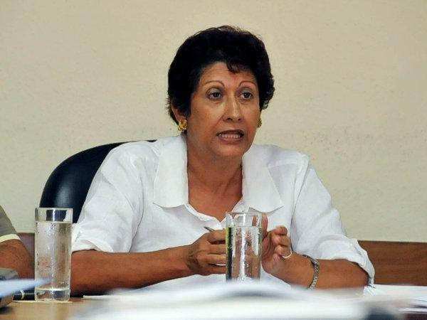 Destaca Ministra de Educación importancia de la superación docente