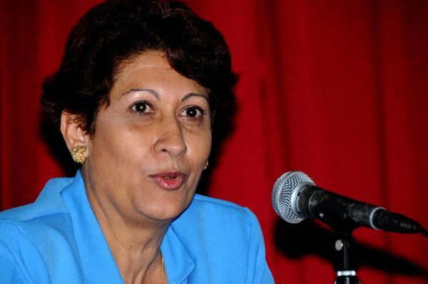 Cataloga Ena Elsa Velázquez al sistema educacional cubano como paradigma de altruismo