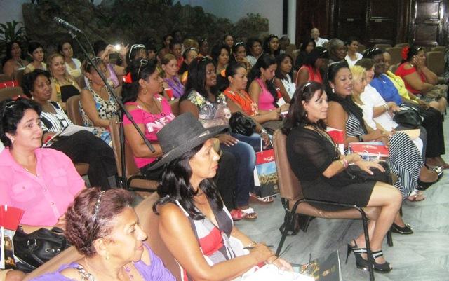 Destacan en Santiago de Cuba rol de la mujer rural