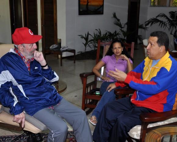 """Fidel Castro: """"No podrán jamás ponernos de rodillas"""""""