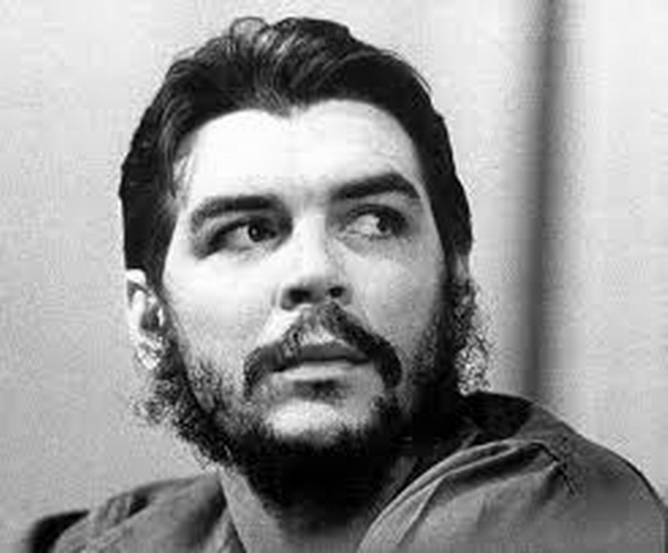 El Che, sus anotaciones de diario y su último combate en Bolivia