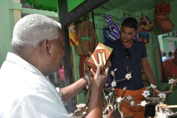 Esteban Lazo Hernández, miembro del Buró Político del Comité Central del Partido Comunista de Cuba (PCC) y presidente de la Asamblea Nacional del Poder Popular (ANPP), intercambió con trabajadores del sector no estatal en la ciudad de Matanzas. Foto:John Vila