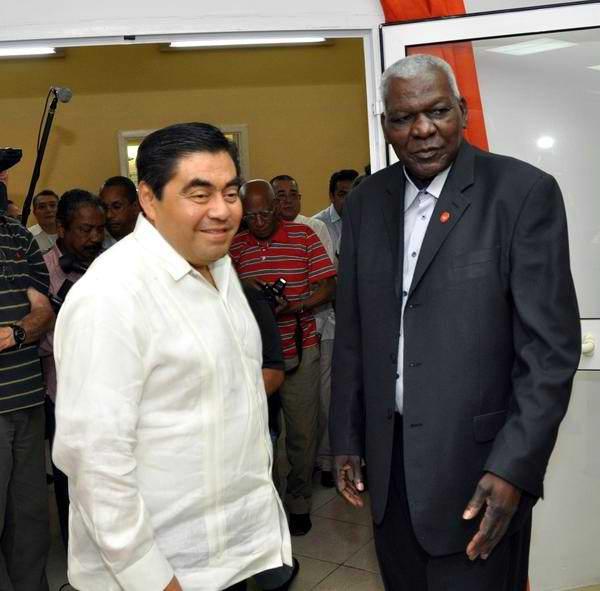 Resalta Esteban Lazo papel de la prensa cubana como arma de la Revoluci�n