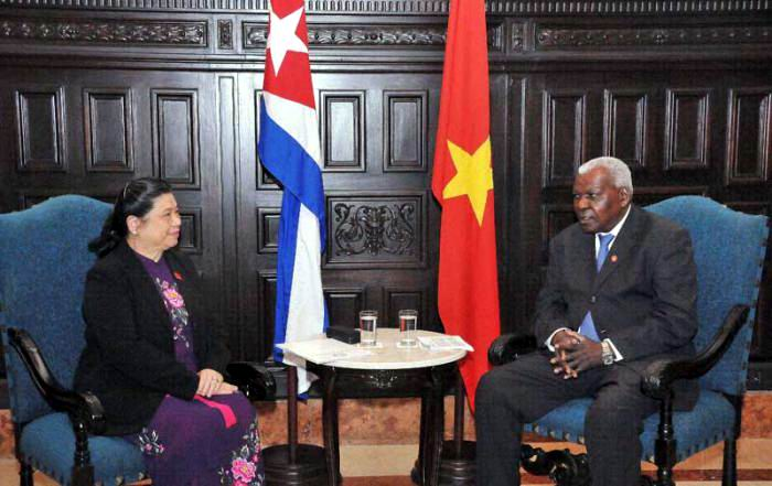 Cuban Parliament president receives Vietnamese leader