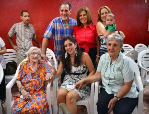 René junto a su familia