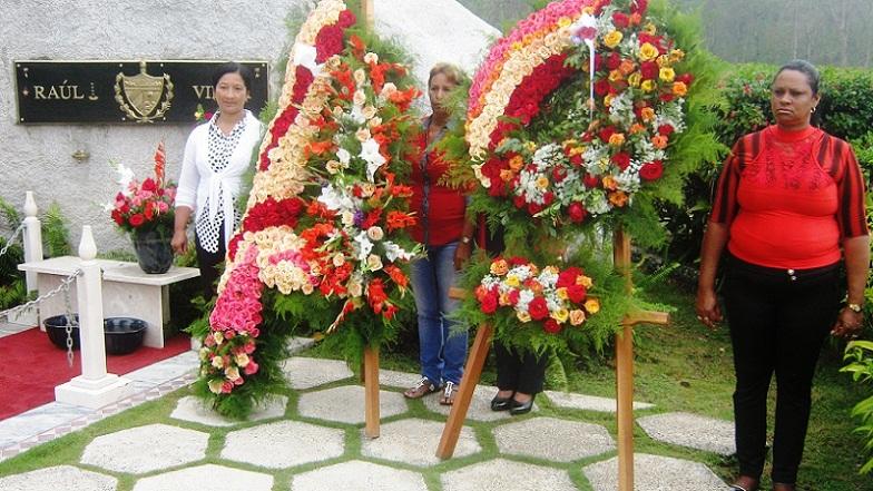 Homenaje a Vilma Espín en el aniversario 87 de su natalicio
