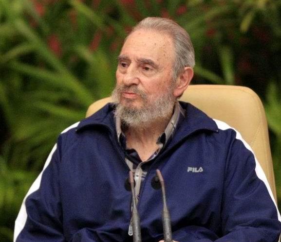 Reconocen al l�der cubano Fidel Castro en inauguraci�n oficial del Foro de Sao Paulo