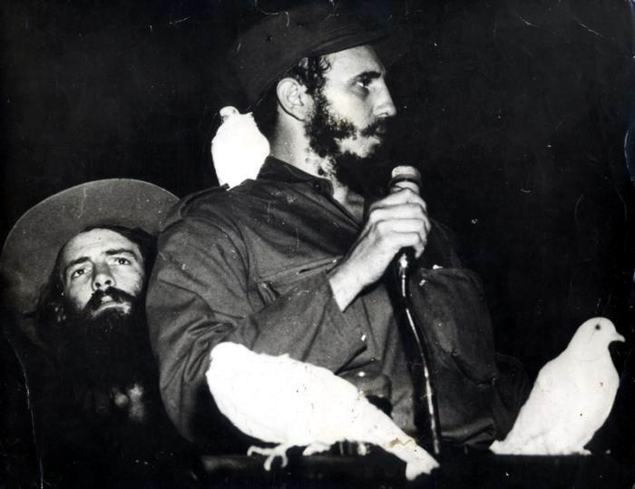 El cienfueguero Morejón no olvida las palomas posadas en el hombro de Fidel