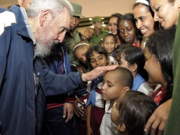 Gracias Fidel por existir para nosotros y el mundo