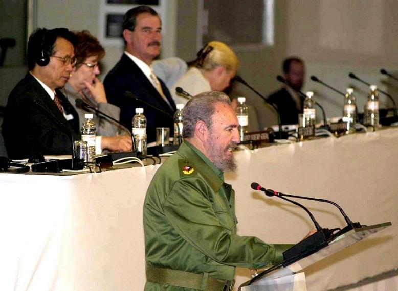 Fidel Castro: Economía Mundial vs Saqueo y Explotación (+Audio)
