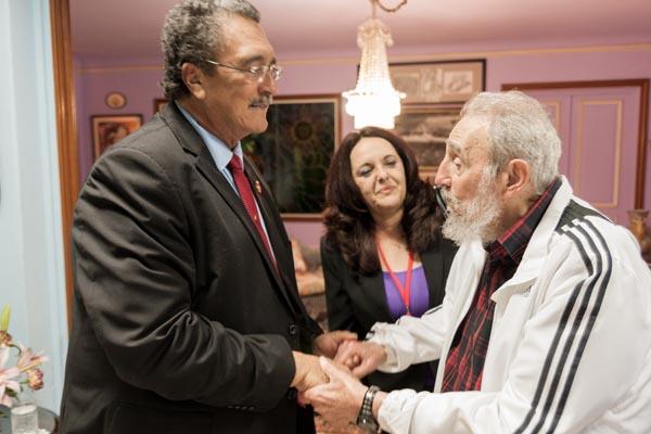 Fidel Castro y el Presiente de Santa Lucía, Kenny Davis Anthony, en un encuentro en La Habana. Foto: Alex Castro.