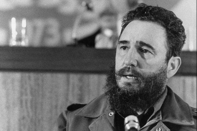 Fidel Castro: Decidir la soberanía de un país es luchar por la paz (+Audio y Video)