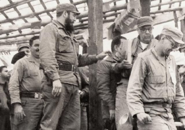 Fidel Castro: No deseamos quedarnos en la prehistoria