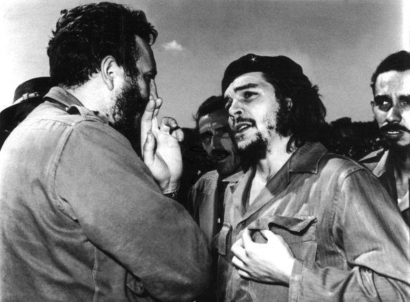 El Che hace su entrada en San Carlos de La Cabaña