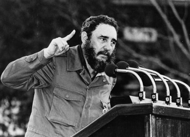 Fidel Castro: Instantes en la vida de los pueblos (+Audio)