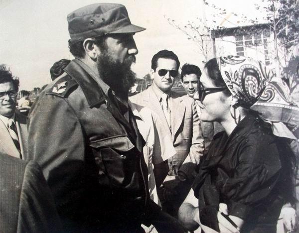 Entrevista de Mireya Ojeda a Fidel en aeropuerto de Cienfuegos. 1976.