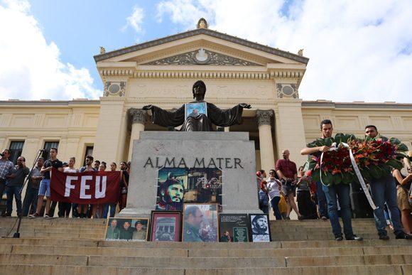 Desde de la Universidad de La Habana, la juventud y Cuba con Fidel