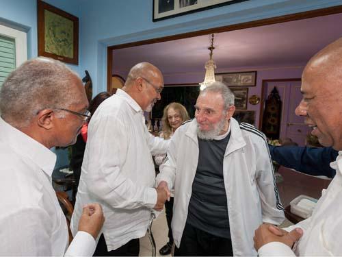 Encuentro de Fidel con el Presidente de Suriname.Foto: Alex Castro