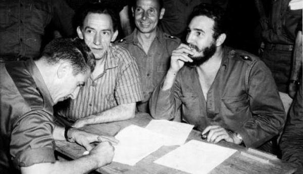 El 1ro. de Marzo de 1959 llegó Fidel hasta Las Martinas para realizar la primera entrega de títulos de propiedad de la tierra a los campesinos cubanos