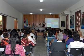 Las mujeres cubanas unidas por la Patria