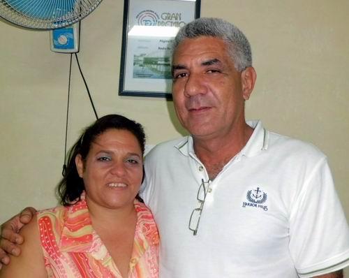 Hijos de mártires Haymel Espinosa y Carlos Manuel Permuy en el Foro Digital de Radio Rebelde