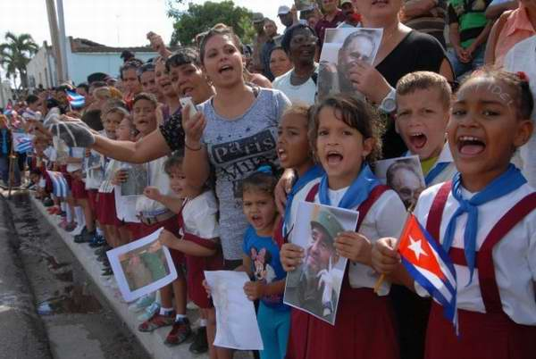 Guáimaro, los niños acuden a la cita con la Patria Foto: Otilio Rivero