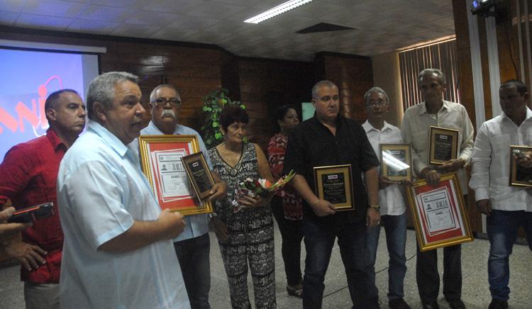 Reconocen a autores de innovaciones con mayor impacto socioeconómico en Cuba
