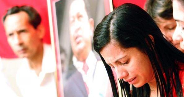 Dolor ante la pérdida física del Comandante Hugo Chávez. Foto: Cortesía de la oficina de prensa de la embajada de Venezuela en Cuba.