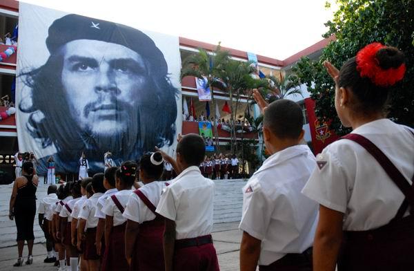 Ernesto Che Guevara: hombre de ideas y de acción