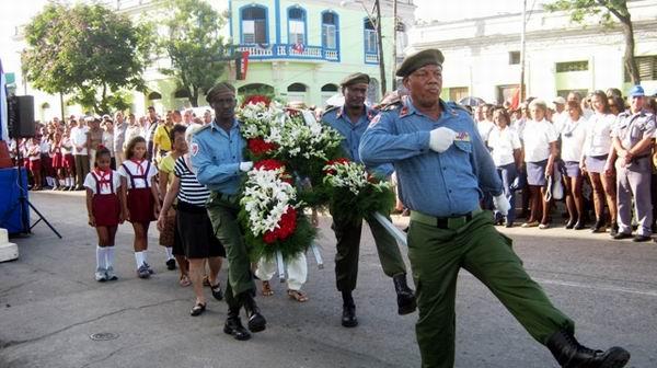 Ceremonia militar en honor a losjóvenes mártires del Movimiento 26 de Julio en la clandestinidad. Foto: Carlos Sanabia