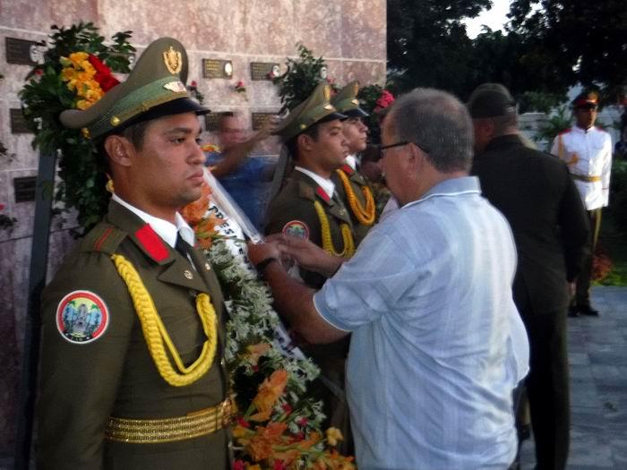 Homenaje de Raúl Castro  a los mártires del 26 de Julio. Foto: Carlos Sanabia Marrero