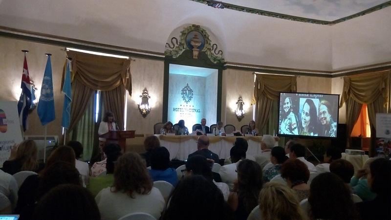 Raúl Castro se reúne con la secretaria ejecutiva de la Cepal