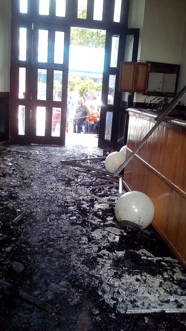 Evalúan daños provocados por incendio en inmuebles de la ciudad de Pinar del Río