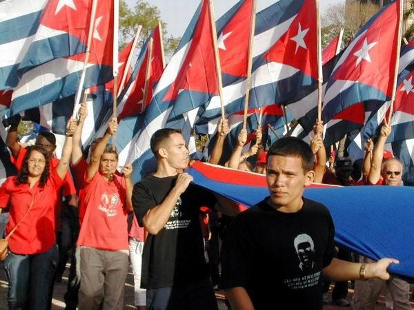 Los camagüeyanos tendremos otras acciones significativas, entre ellas, la Marcha de las Antorchas, en homenaje a José  Martí. Foto: Miozotis Fabelo