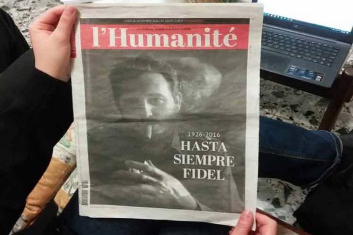 La edición especial del periódico francés l'Humanite estuvo dedicada a resaltar el legado de Fidel. Foto: Reuters