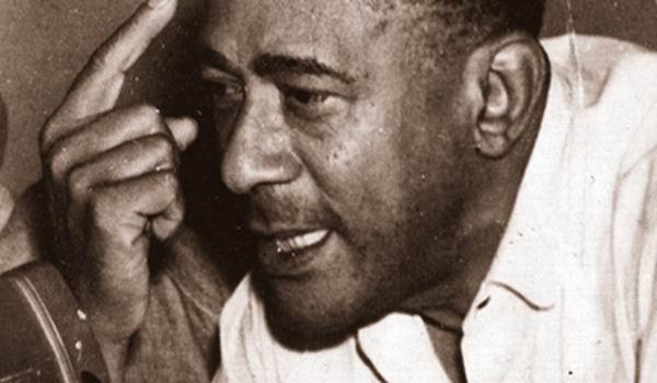 Rinden homenaje trabajadores cubanos a Lázaro Peña
