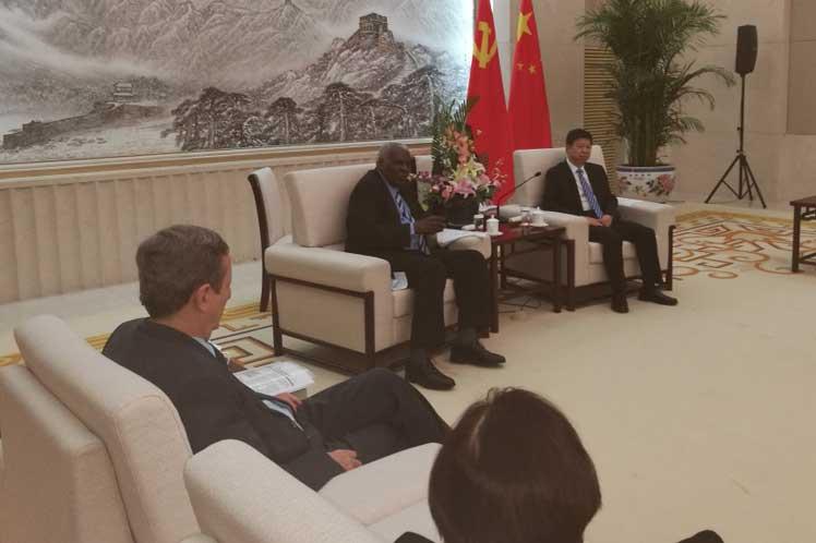 Resaltan Parlamento y Partido Comunista de Cuba entendimiento y firmeza en vínculos con China