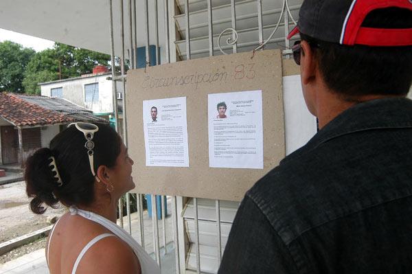 Publican en Cuba fotos y biografías de candidatos a delegados. Foto: Osvaldo Gutiérrez