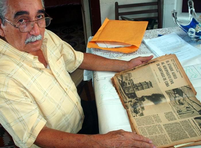 Luis Manuel Copo Quiñones se encontraba en la torre de control al momento del ataque pirata al aeropuerto de Santiago de Cuba el 15 de abril de 1961. Foto: Carlos Sanabia