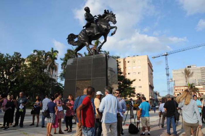 Monumento ecuestre de José Martí en el Parque 13 de Marzo de La Habana Vieja.