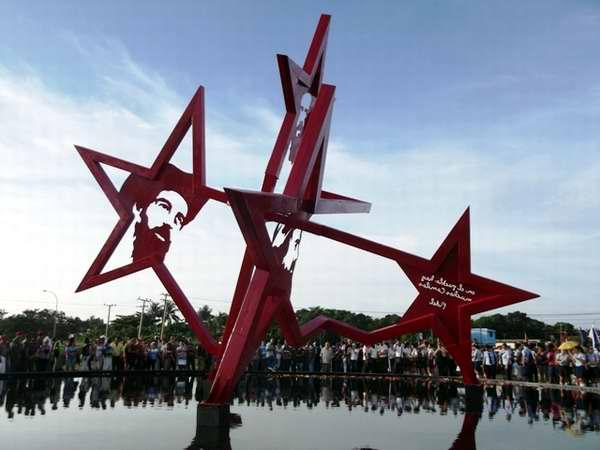 Conjunto Monumental a Camilo Cienfuegos del artista José Villa Soberón. Foto Miozotis Fabelo