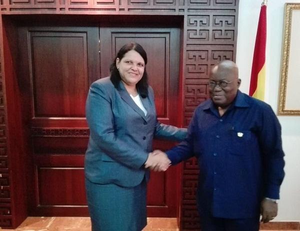 Recibe presidente de Ghana a Mercedes López Acea (+Fotos)