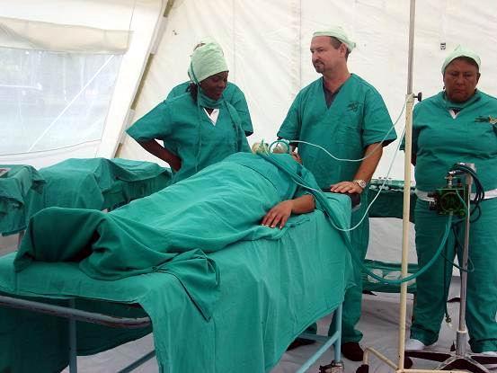 Hospital de campaña en la ciudad de Holguín. Foto: Aroldo García
