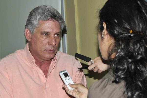 Llama Díaz Canel a elevar producción de alimentos y mejorar su comercialización. Foto: Roberto Morejón