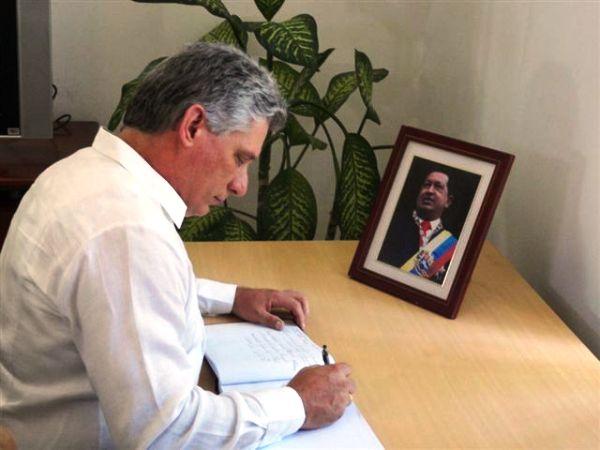 En nombre del gobierno de la Isla, rindieron merecido tributo al mejor amigo de Cuba, el Primer Vicepresidente de los Consejos de Estado y de Ministros Miguel Díaz-Canel Bermúdez. Foto Angélica Paredes