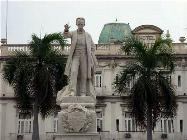 The First Statue for José Martí in Cuba